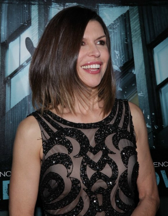 Finola Hughes | Great haircut and hair color that works with her age ...