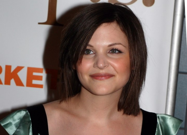 Ginnifer Goodwin - Just above the shoulders bob haircut