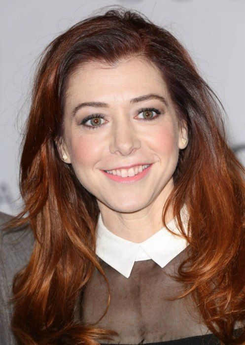 Tremendous Alyson Hannigan Girly Preppy Look With A High Collared Dress And Short Hairstyles Gunalazisus