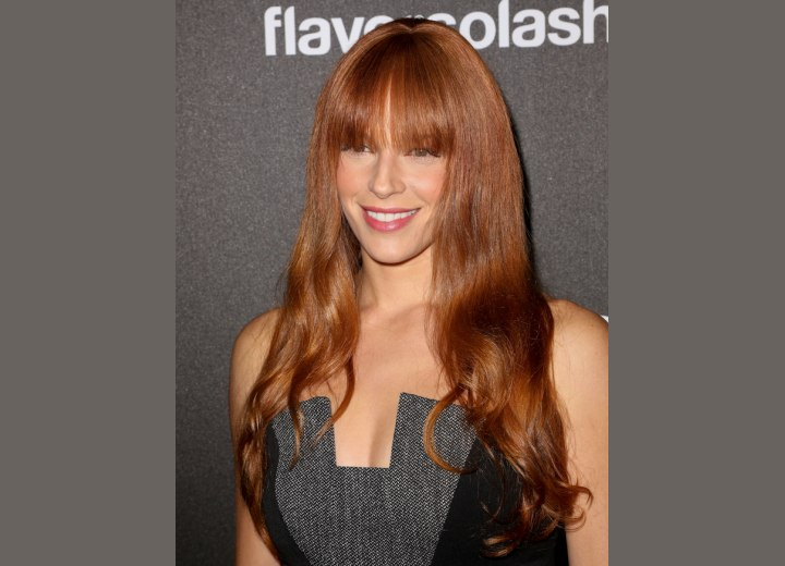 Amanda Righetti - Bustline length hairstyle with bangs
