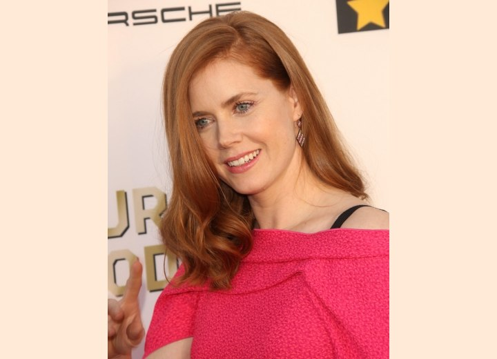 Amy Adams - Long smooth hair with curled ends