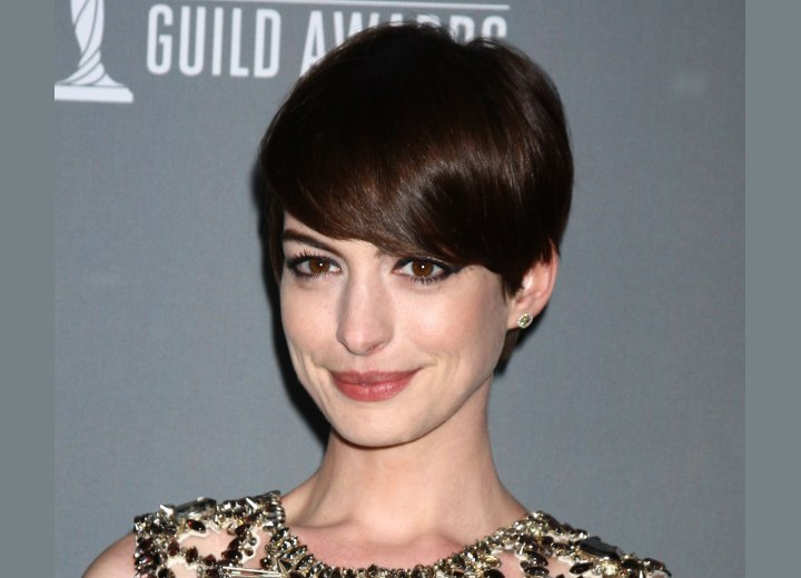 Anne Hathaway - Pixie with heavy bangs