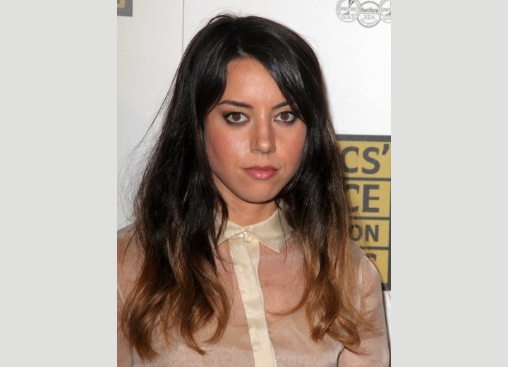 Long hair with ombré coloring - Aubrey Plaza