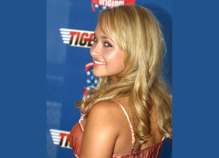 Back and side view of Hayden Panettiere's long hairstyle