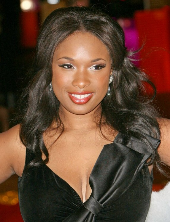 Jennifer Hudson Black Hair With A Cascade Of Curls And Waves
