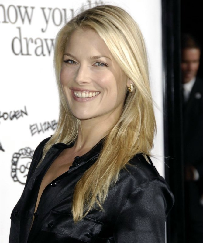 Ali Larter Long And Laid Back California Inspired