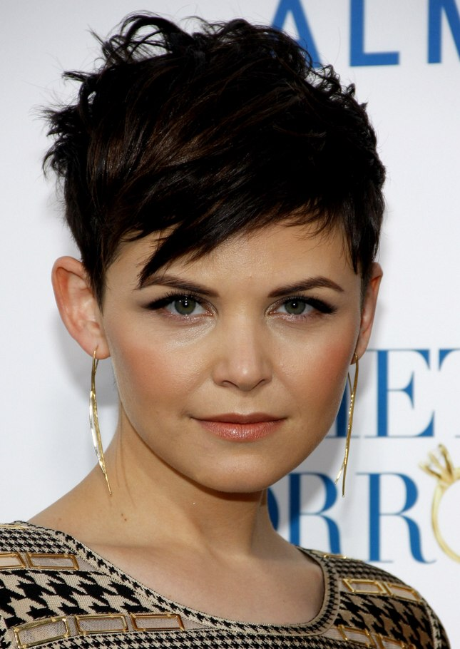 Ginnifer Goodwin S Easy To Do And Clean Very Short Haircut