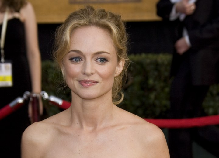 Easy to do hairstyle for prom - Heather Graham