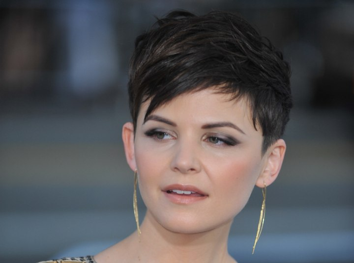 Easy to do short hairstyle - Ginnifer Goodwin