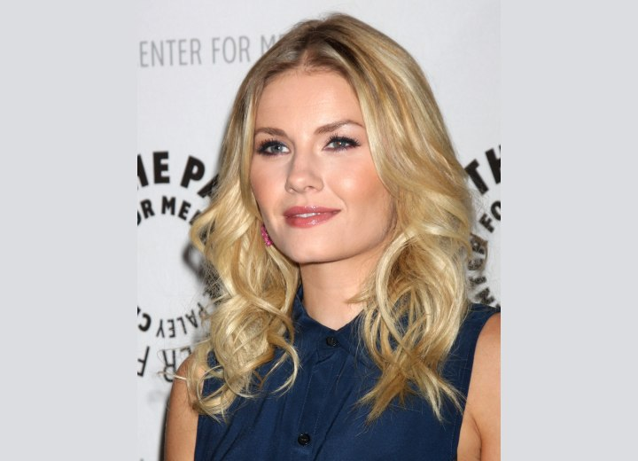 Elisha Cuthbert - Modern hairstyle for long hair