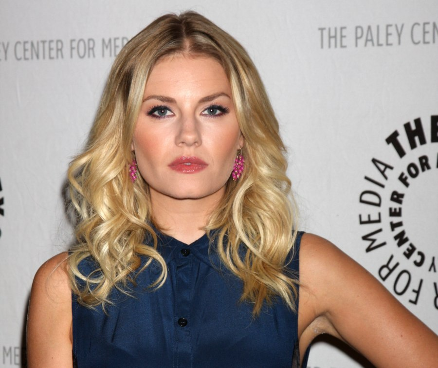 Elisha Cuthbert Modern Sleek Hair With Curled Strands