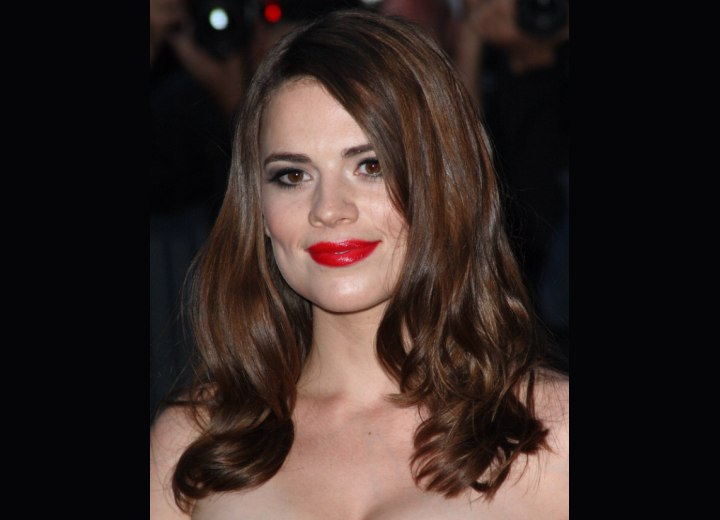 Everyday hairstyle for long hair - Hayley Atwell