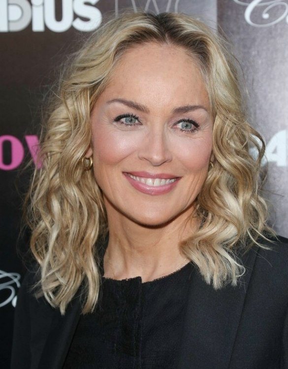 Sharon Stone Curled Medium Length Hair For A Youthful