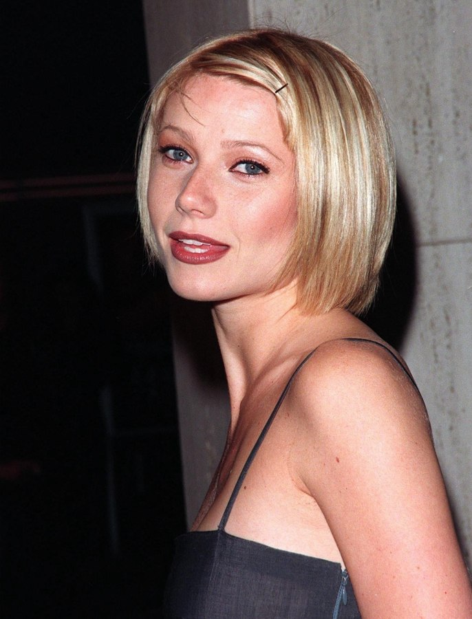Gwyneth Paltrow - Short and sleek bob haircut