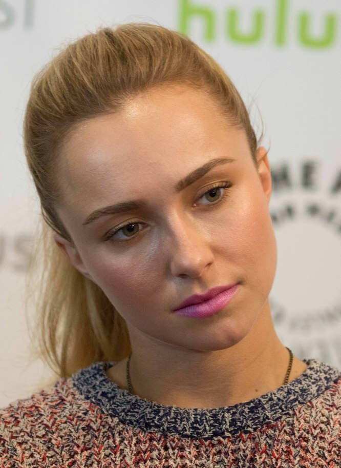Hayden Panettiere Laid Back Summer Hairstyle With A High