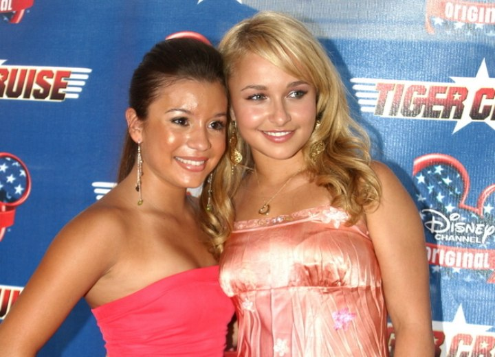 Hayden Panettiere wearing a shiny pink dress