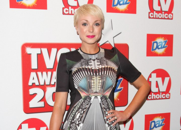 Helen George look with short platinum blonde hair