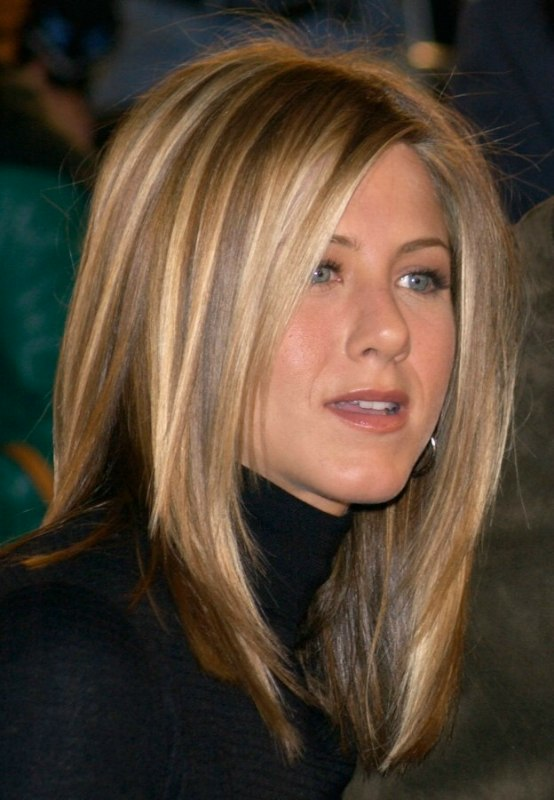 Jennifer Anistons New Haircut Photos Of 2013 | LONG HAIRSTYLES