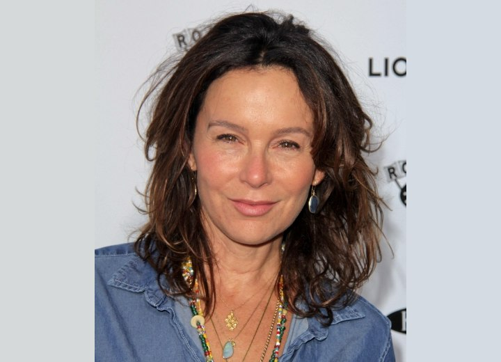Jennifer Grey - No-nonsense hairstyle for a 50+ woman