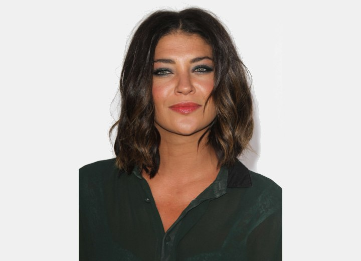 Jessica Szohr with her hair cut just above the shoulder
