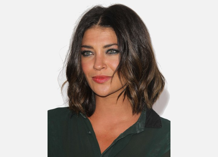 Jessica Szohr wearing her hair in a long bob
