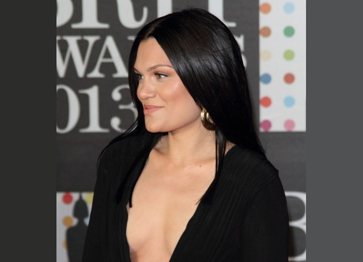 Jessie J with shiny dark and long hair