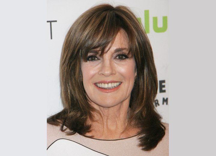 Linda Gray - Youthful hairstyle that takes years off