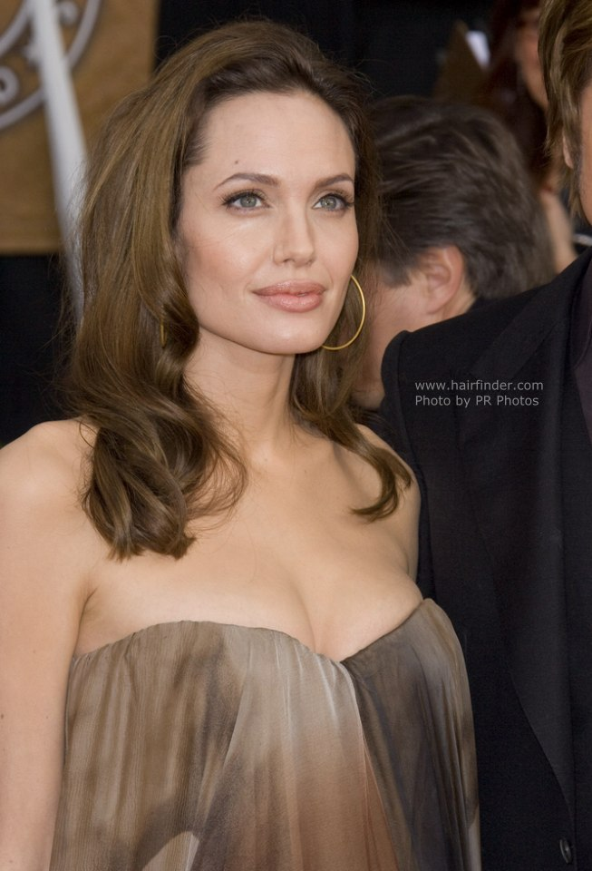 Angelina Jolie Hairstyle Keep Your Hair Secured When