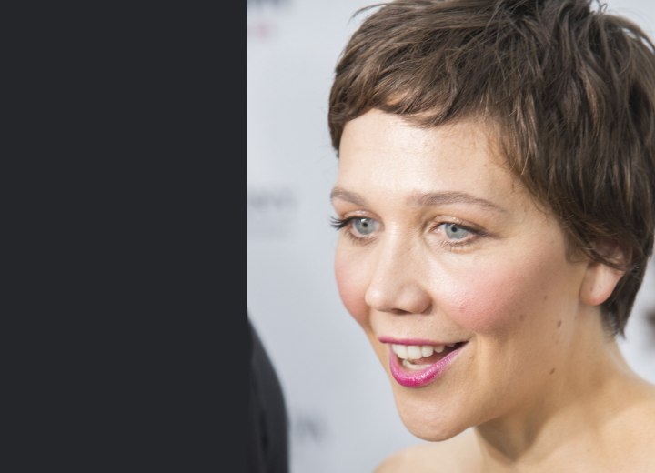 Side view of Maggie Gyllenhaal's short pixie cut