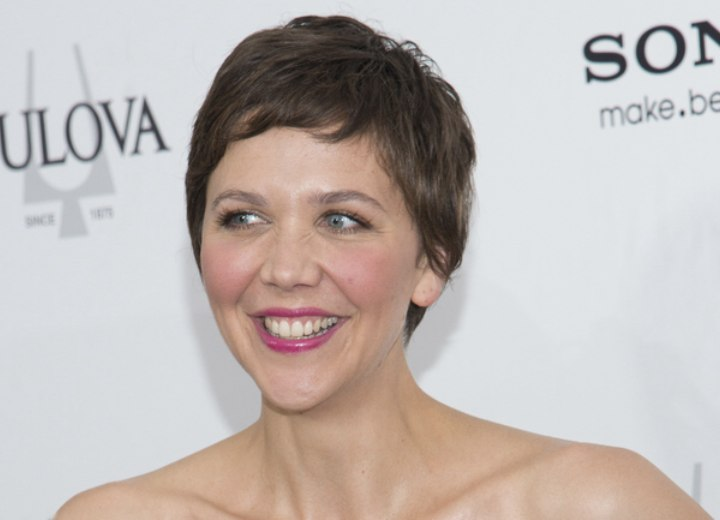 Maggie Gyllenhaal's young and girly pixie haircut