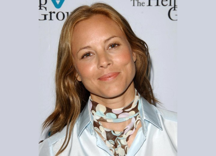 Maria Bello - Soft and girly long hairstyle