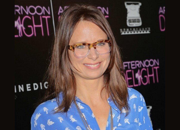 Mary Lynn Rajskub's effortless hairstyle and glasses
