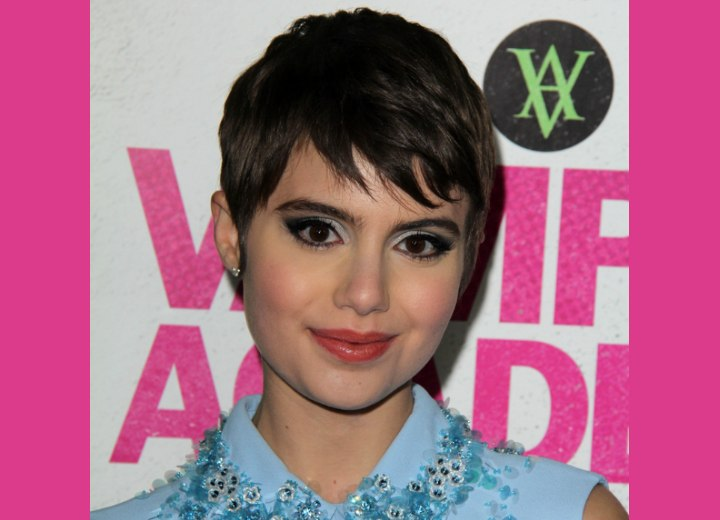Sami Gayle - Low maintenance pixie haircut