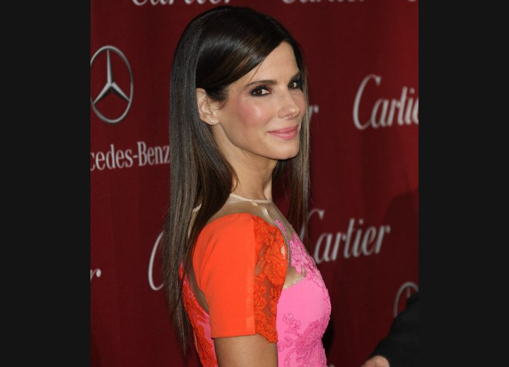 Sandra Bullock - Sleek long hairstyle