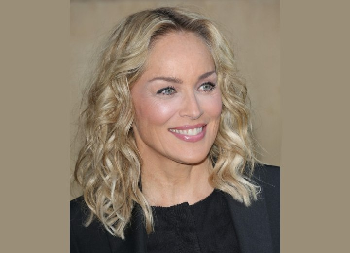 Sharon Stone - Blunt cut and curled medium length hair