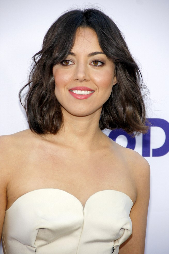 Aubrey Plaza Right Above The Shoulders Hairstyle With A