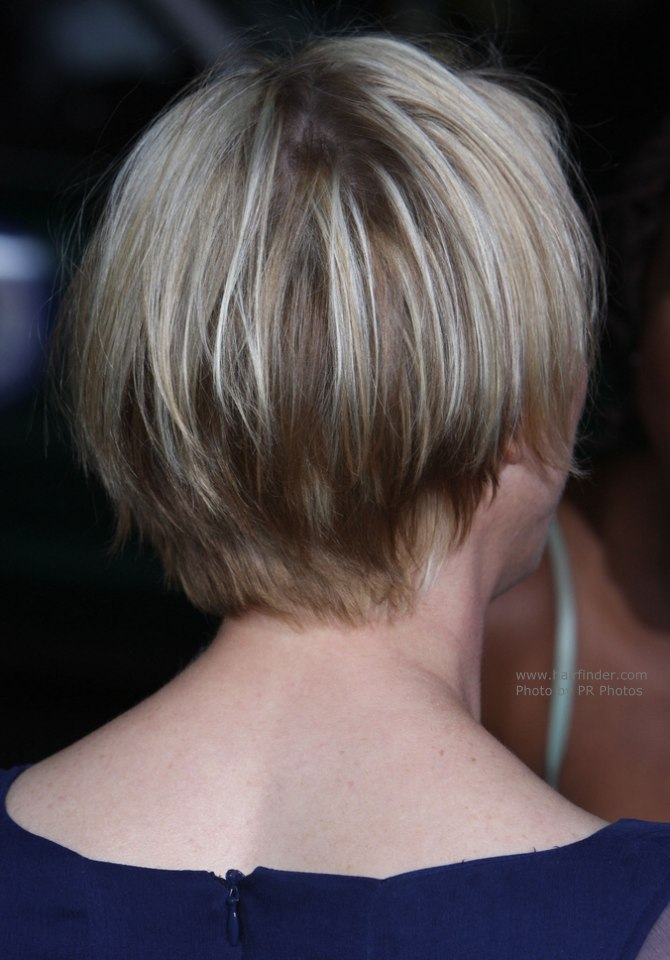Renee Zellweger Bob Plain And Comfortable Short Hairstyle For