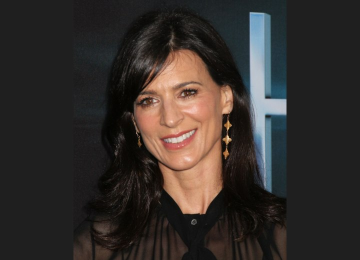 Perrey Reeves - Timeless long hairstyle with layers and side bangs