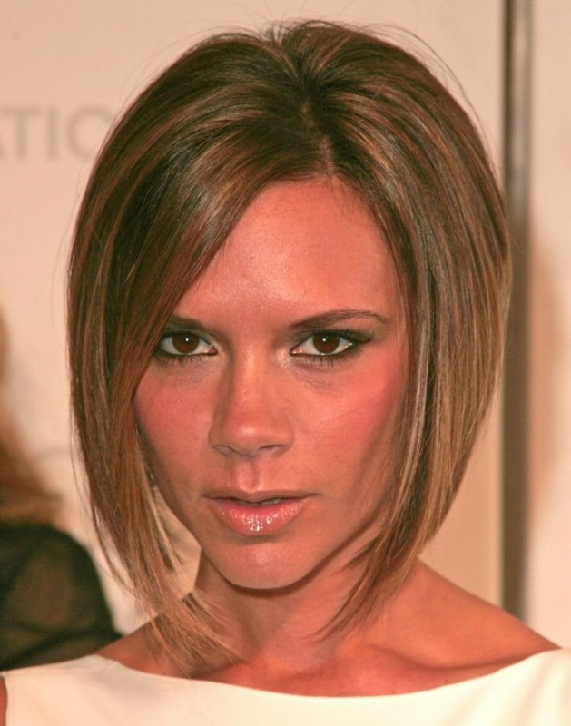 Victoria Beckham | Longer in the front bob with a stacked nape