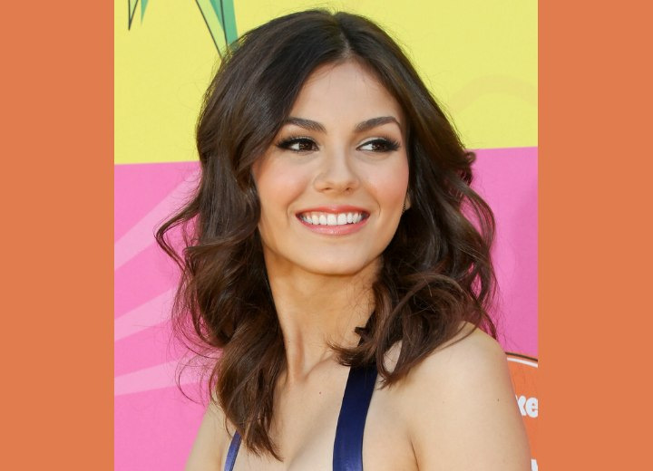 Victoria Justice - Center parted past the shoulders hairstyle