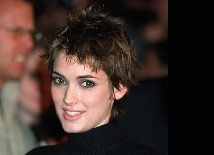 Winona Ryder - Pixie cut with a longer neck