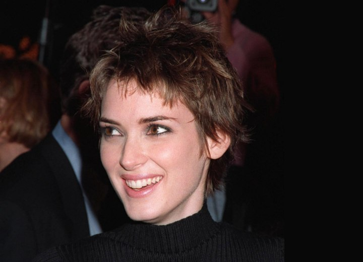 Winona Ryder - Pixie haircut with a longer neck