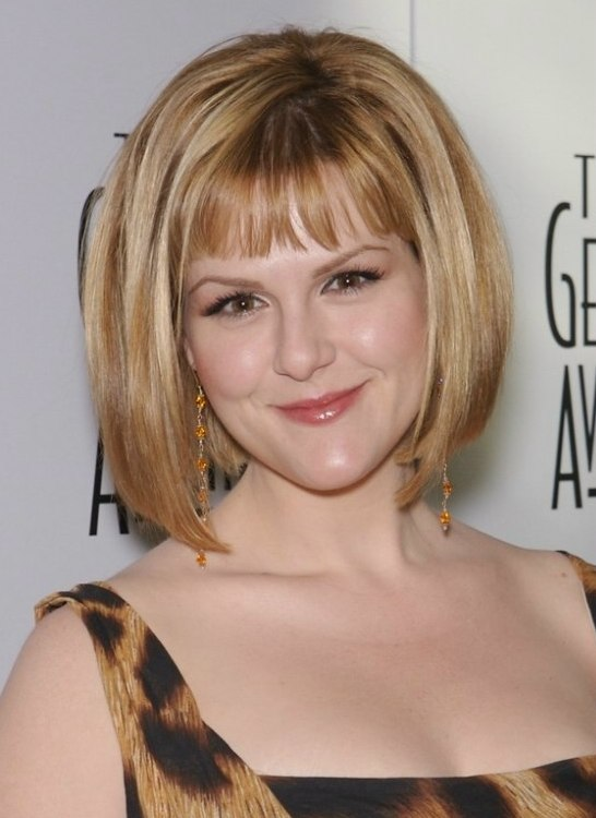 Sara Rue S Bob Hairstyle With Gradually Longer Sides Cut