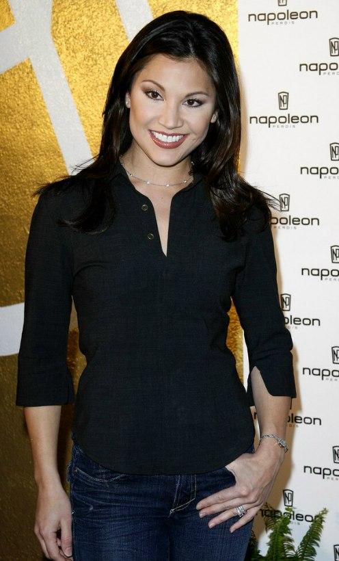 Melanie Paxson Victoria Recano Fashionably Cut Hair