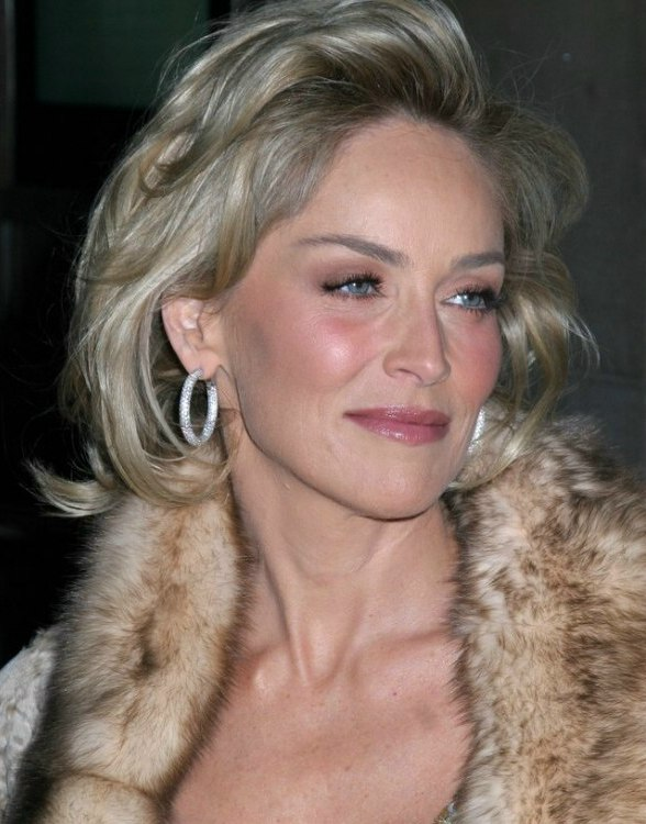 Sharon stone hairstyle for those who are growing their hair out sharon stone hairstyle with roundness and softenss urmus Choice Image