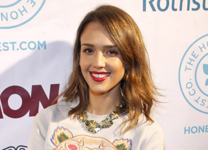 Jessica Alba - Medium length hairstyle with waves