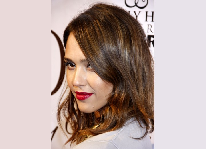 Jessica Alba - Brown hair with golden highlights