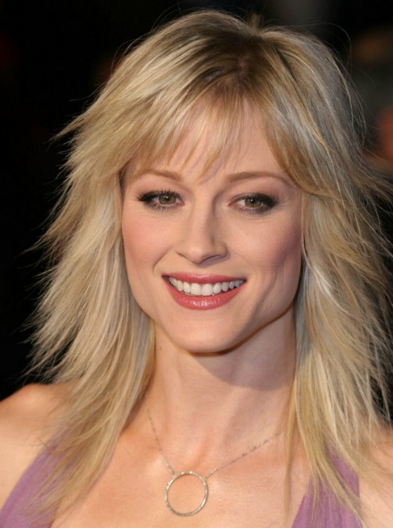 Teri Polo Long Straightened Hair And Long Hair With