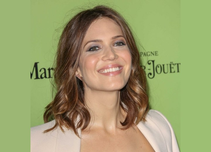 Mandy Moore - Long bob hairstyle