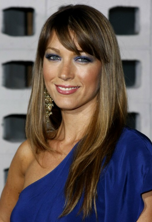 Natalie Zea With Super Long Straight Hair And Piecey Bangs